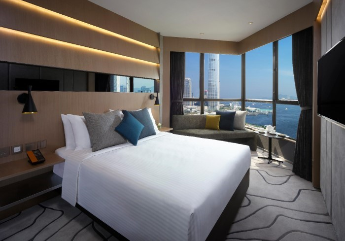 The Optimum Floor Harbour View Room + complimentary breakfast for 2 persons
